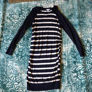 Liz Lange sweater dress